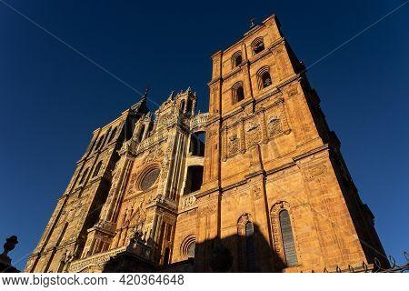 Cathedral O Astorga In The Way Of Santiago At Sunset, León, Castilla Y Leon, Spain.