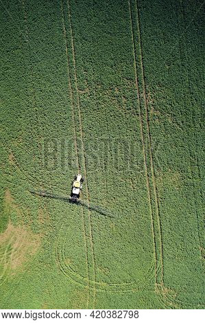 Farmer Tractor Apply Fertilizer