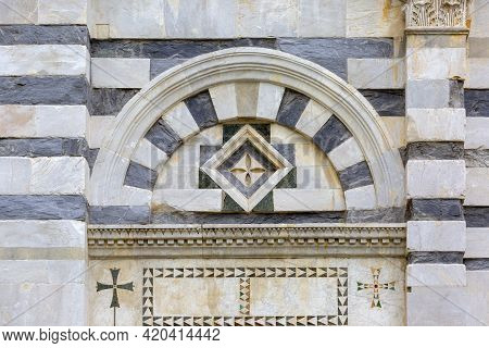 Medieval St. Paul On The Bank Of The Arno Church (san Paolo A Ripa D'arno), Pisa, Italy