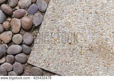 Stone And Cobblestone Walkway Panels In The Home Garden