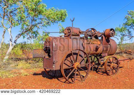 Tennant Creek, Australia - Aug 2019: Gold Melting Machine Of Battery Hill Mining Center, Tennant Cre