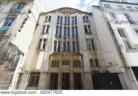 The Synagogue At Pavee Street Located In The Center Of The Jewish Marais District, It Was Built In T