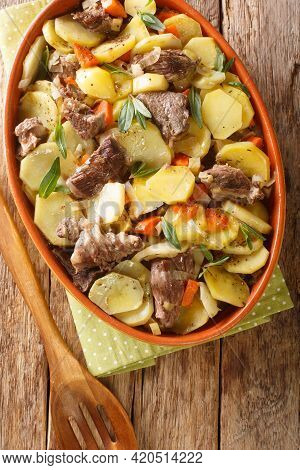 Baeckeoffe Is A Casserole Dish A Mix Of Sliced Potatoes, Onions, Mutton, Beef, And Pork Which Have B