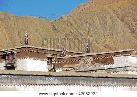 Tibetan Roof Decorate