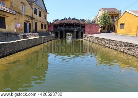 Hoi An, Vietnam, May 15, 2021: Japanese Bridge, One Of The Most Emblematic Monuments Of Hoi An, Viet