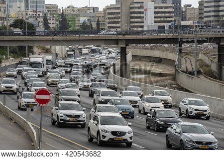 Tel Aviv, Israel - March 25th, 2021: A Traffic Jam In Ayalon Highway That Passes Through Tel Aviv, I