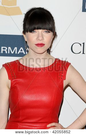LOS ANGELES - FEB 9:  Carly Rae Jepsen arrives at the Clive Davis 2013 Pre-GRAMMY Gala at the Beverly Hilton Hotel on February 9, 2013 in Beverly Hills, CA