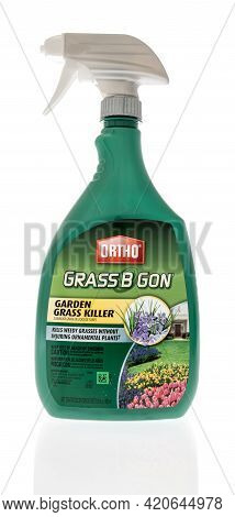 Winneconne, Wi - 16 May 2021:  A Bottle Of Ortho Grass B Gon Garden Grass Killer On An Isolated Back