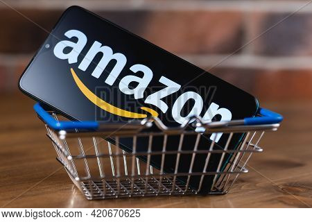 Kazan, Russia - May 14, 2021: Amazon Is An American Multinational Technology Company, Which Focuses