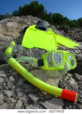 Snorkling mask and fins