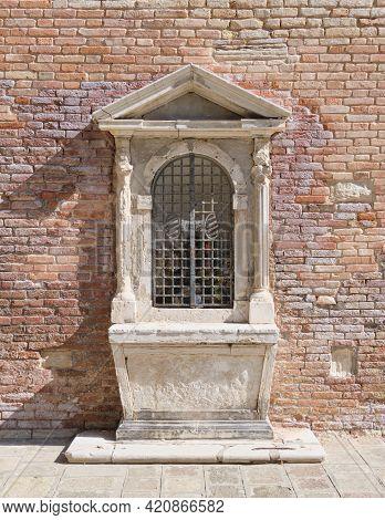 A Small Altar At A Wall In North Venice Cannaregio