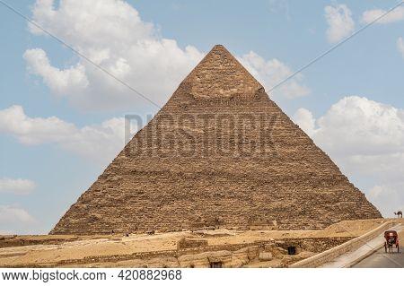 Great Pyramid Of Giza- The Pyramids Of Menkaure- Khafre And Khufu- Giza Necropolis- Unesco World Her
