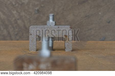 Screws For Fastening Or Mounting Objects