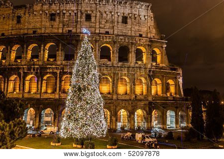 Coliseum Of Rome, Italy On Christmas