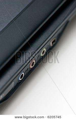 Cerrar puertos de Notebook