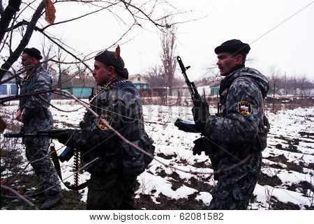 N CHECHNYA - JAN 4: Russian army special forces (OMON) on patrol in northern Chechnya on Wednesday, January 4, 1995