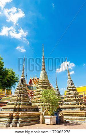 ancient buddism stupas