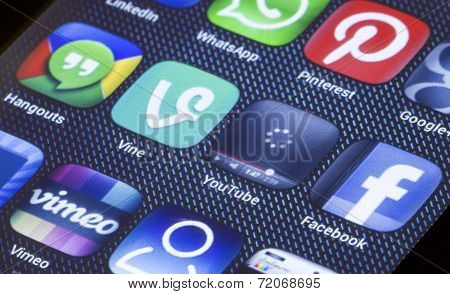 Belgrade - July 05, 2014 Popular Social Media Icons Youtube Vine And Other On Smart Phone Screen Clo