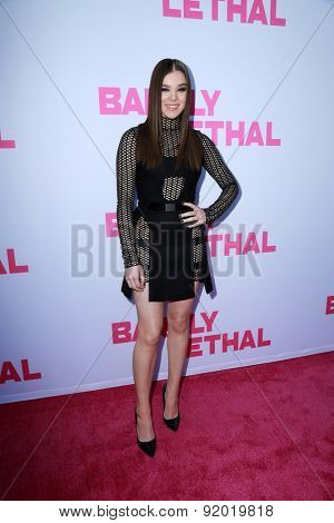 LOS ANGELES - MAY 27:  Hailee Steinfeld at the