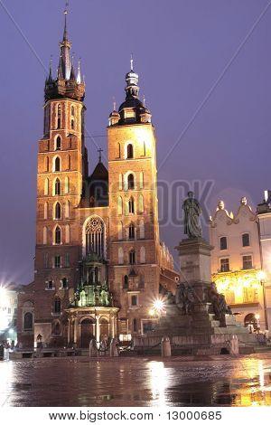 Krakow by night - St. Marys Church