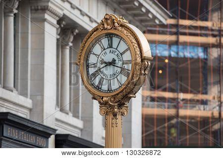 New York - Usa - 11 June 2015 - 5Th Avenue Clock