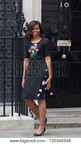 LONDON, UK  - JUN 16, 2015: Michelle Obama seen leaving 10 Downing street after visiting David and Samantha Cameron