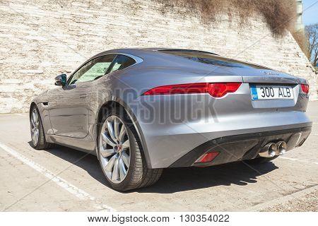 Jaguar F-type Coupe S, Rear View