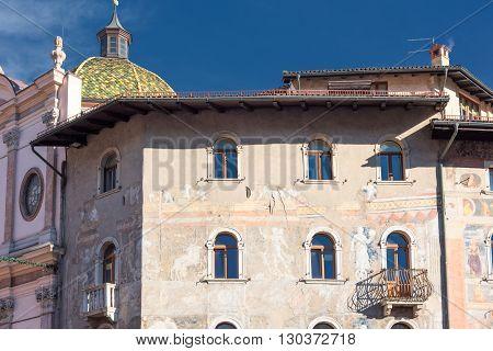 Trento Dome Main Plaza View