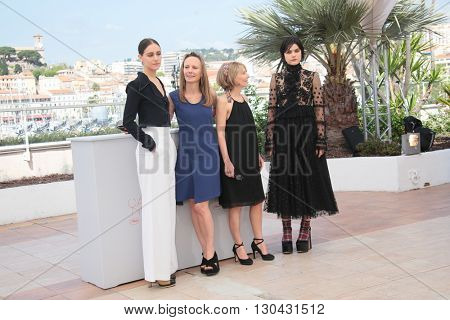 SoKo,  directors Delphine Coulin, Muriel Coulin  attends the 'The Stopover (Voir Du Pays)' photocall during the 69th Annual Cannes Film Festival at the Palais on May 18, 2016 in Cannes, France.