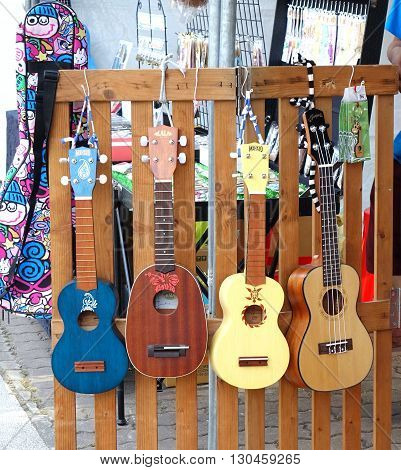 Selling Ukuleles And Other String Instruments