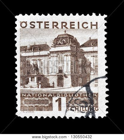 AUSTRIA - CIRCA 1930 : Cancelled postage stamp printed by Austria, that shows National library in Vienna.