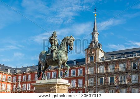 MADRID,SPAIN - APRIL 25,2016 - Memorial Felipe III at the Mayor Place of Madrid. The (Plaza Mayor) Main Square was built during Philip IIIs reign (1598
