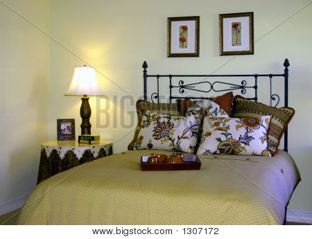 Traditional Bedroom With Side Lamp