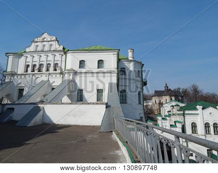 The architecture of the old town and the sights of Kiev