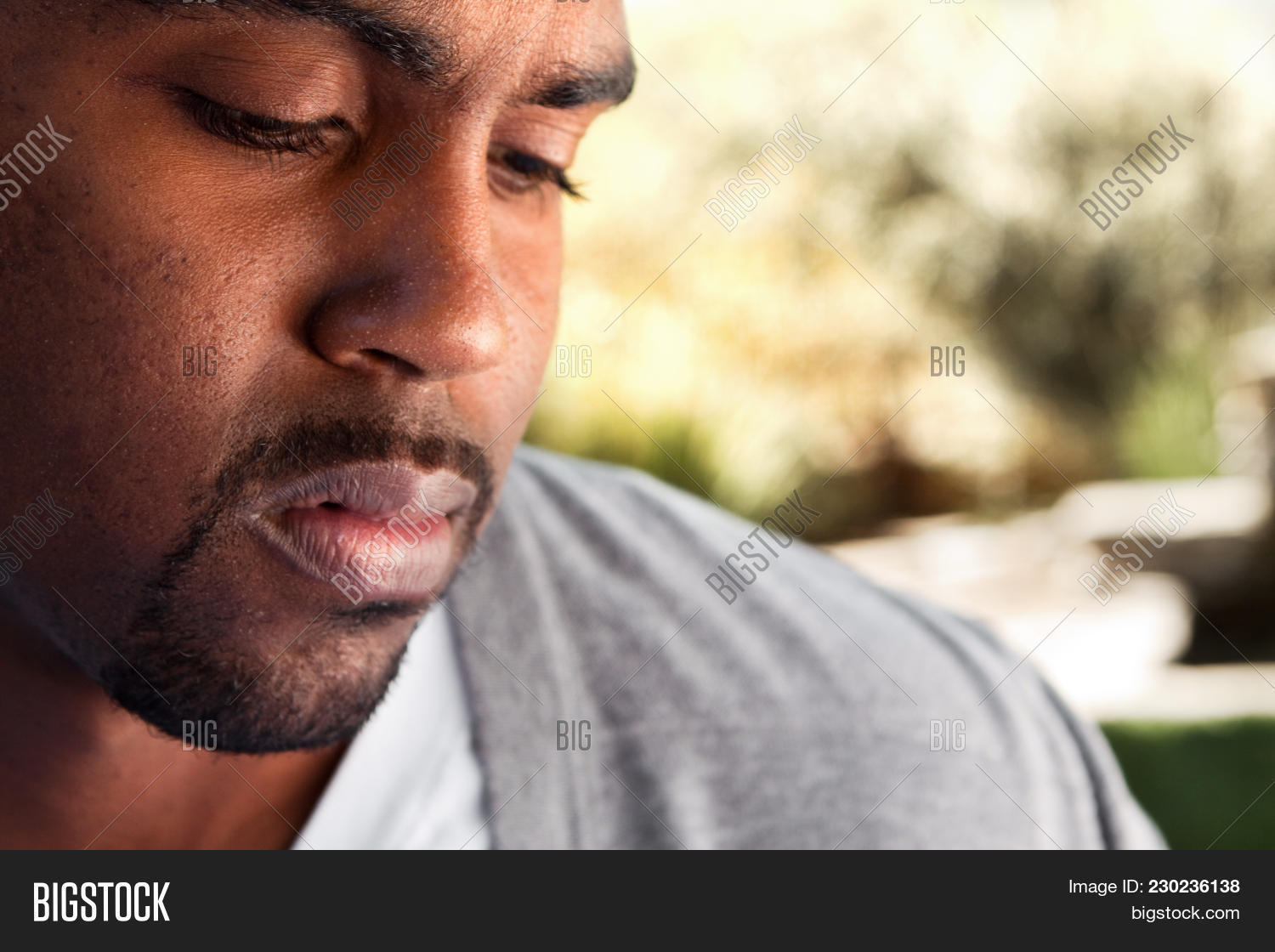 Contemplation young african american powerpoint template y toneelgroepblik Images