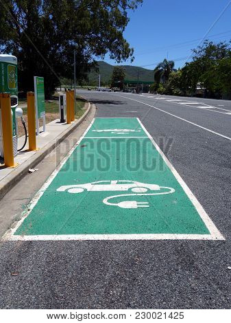 Carmilla, Queensland, Australia-february 10, 2018:  A Recharging Station For Two Electric Vehicles L