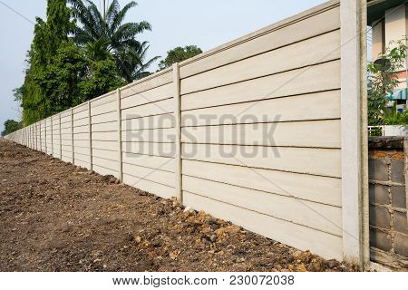 Perspective Of  Precast Concrete Wall On Fresh Ground Floor, Prefabricated Cement Compound Wall