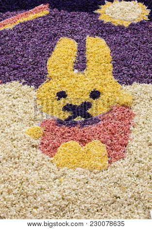 Noordwijkerhout, Netherlands - April 23,  2017:  Easter Rabbit Made Of Hyacinths At The Traditional