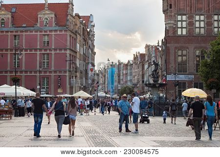 Gdansk, Poland - June 07, 2014: Unknown People Walking On The Long Market Square In The Center Of Gd