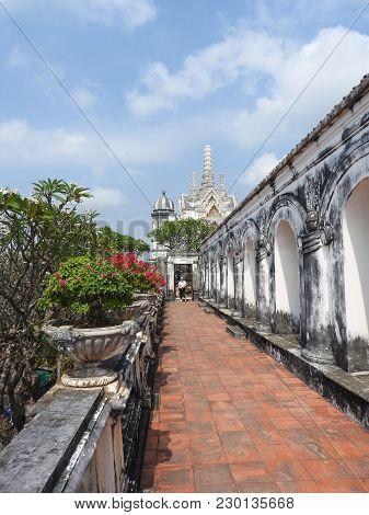 Tempelanlage in Phetchaburi Tham Khao Luang Cave