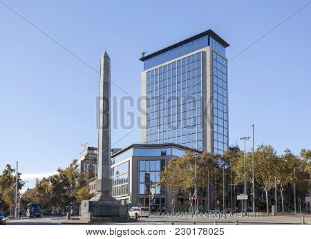 Barcelona,spain-november 22,2015: Street View, Obelisk And Europa Building Or Deutsche Bank Building