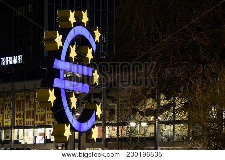 Germany, Frankfurt - 23. February, 2018: Euro Sign Statue In Frankfurt Am Main, Willy Brandt Platz,