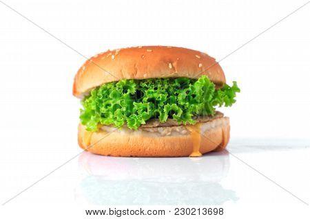 Hamburger On White Background,hamburgers Focus On Healthy Vegetables.