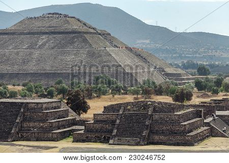 Piramyd Of The Sun And Ancient Ruins In Teotihuacan. Mexico City. Mexico