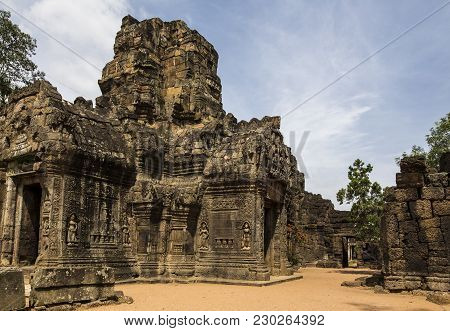 Cambodian Temple Near Phnom Penh With Architecture Similar To Angkor Wat Siem Reap