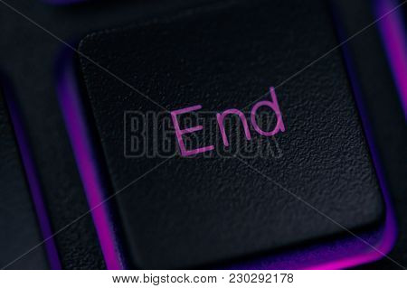 End Key On Keyboard Macro. Concept Of The Completion Of A Project Or Plan, Deadline.