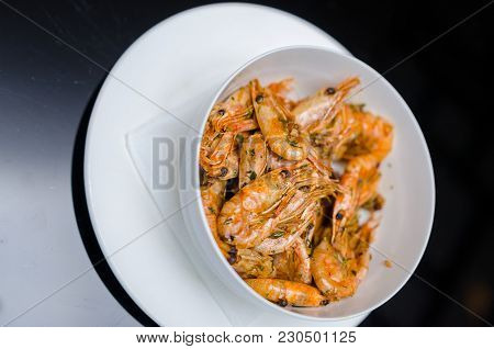 Stir-fried Shrimp. The One Of Thailand's National Main Dish. The Popular Food In Thailand