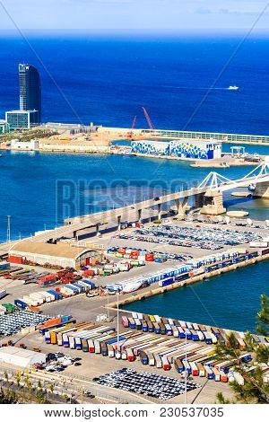 Barcelona, Spain - May 27, 2016: Panoramic Of Hotel W And Cargo Industrial Port In Barcelona , Eveni