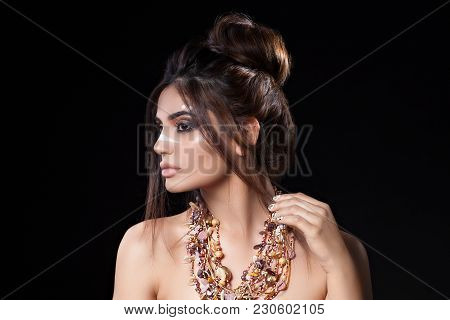 Portrait Of Beautiful Woman With Sensitive Sexy View, Gold Nails Design And Jewelery With Natural St