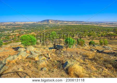 Summit Of Mount Brown In York Lookout, A Popular Place In Avon Valley, Western Australia. Mount Brow